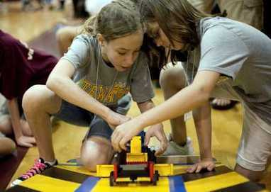 Girls show increased interest and skill in STEM robotics program - Tampa Bay Times | The Robot Times | Scoop.it
