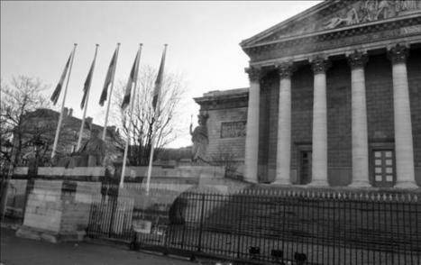 #LPM : manque une dizaine de députés pour saisir le Conseil constitutionnel | Libertés Numériques | Scoop.it