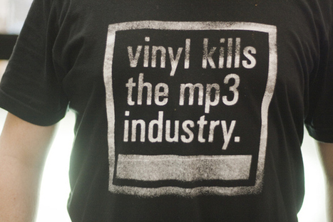 Billboard: Digital music sales decrease for the first time ever, vinyl ... | blog 2 | Scoop.it