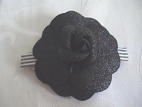Camélia noir - Où t'as eu ta barrette ? | outaeutabarrette | Scoop.it