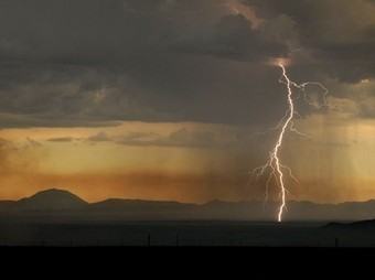 Lightning Picture -- Weather Photo -- National Geographic Photo of the Day | How To Take Better Photographs | Scoop.it