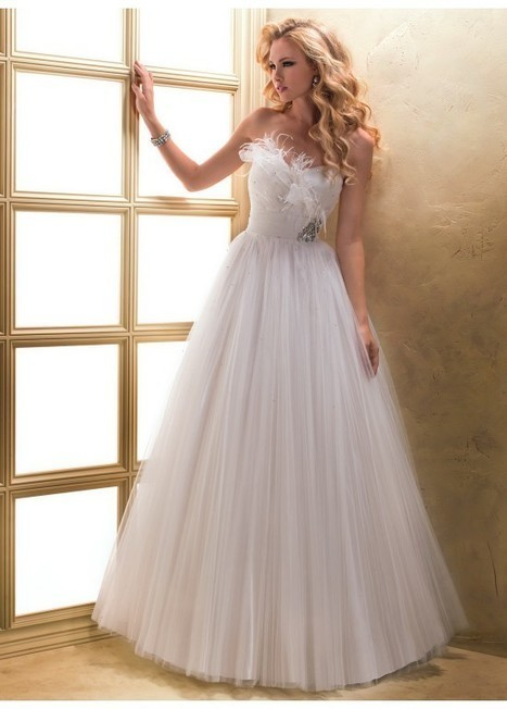 2015 Delicated Floor-Length Beading Lace-up A-Line Bridal Wedding Dress | Fashion Dresses | Scoop.it