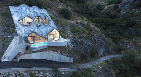 India Art n Design Global Hop : Gaudi-inspired house on the cliff is a work of local genius! | India Art n Design - Architecture | Scoop.it