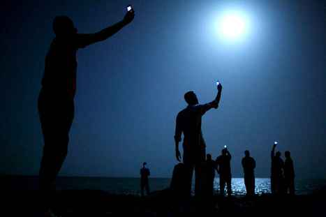 Un World Press Photo 2013 au clair de lune | PhotoActu | Scoop.it