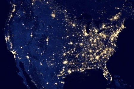 VOL DE NUIT – La NASA dévoile des clichés de la Terre illuminée dans la nuit   The Blog's Revue by OlivierSC   Scoop.it