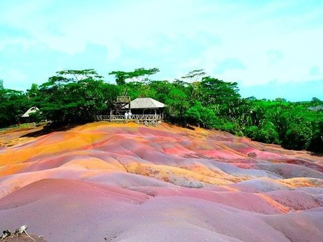 Mauritius: The Seven Colors Earth, Beautiful and Unusual Natural Phenomena | Strange and Unusual | Scoop.it