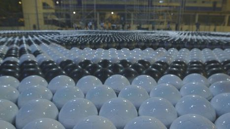 What Can You Do With 10,000 Soccer Balls? | Soccer and Social Change | Scoop.it
