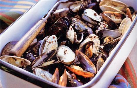 Shellfish toxin shows up on B.C. shores, poisons 60 | Food issues | Scoop.it