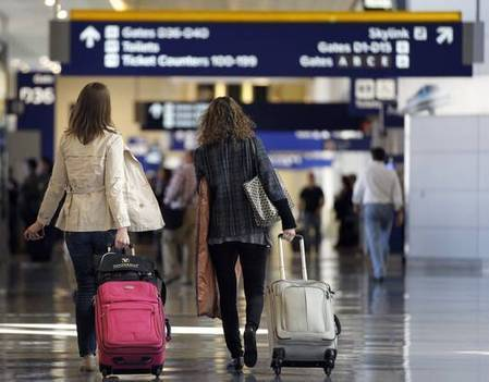 D/FW Airport provides travel tips, new services amid busy holiday ... | Smart Travel Tips | Scoop.it
