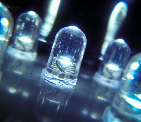 Li-Fi : l'Internet haut débit par la lumière, star du salon MWC 2016 | Cyber ferme | Scoop.it
