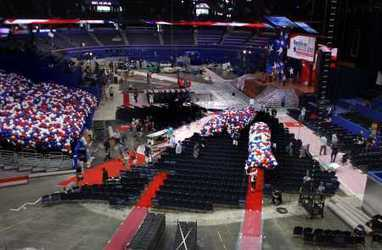 Social media takes center stage at RNC   Tampa Bay Times   Public Relations & Social Media Insight   Scoop.it