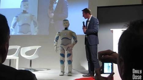 """""""Roméo"""" Robot humanoïde Futurapolis à Toulouse - YouTube   Changement de société   Scoop.it"""