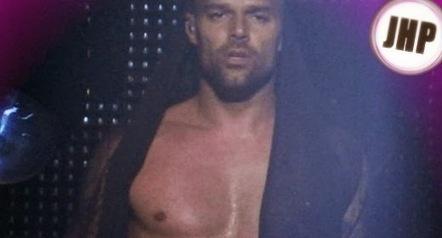 Still hot: Ricky Martin - JHP by Jimi Paradise™   JIMIPARADISE!   Scoop.it