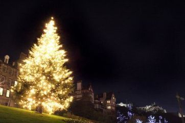 Edinburgh Christmas Light Night | EdinburghGuide.com | Today's Edinburgh News | Scoop.it