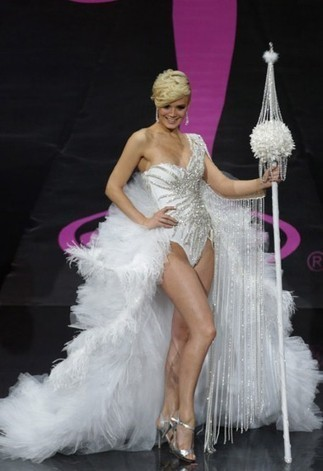 The circus of Miss Universe National Costume show 2013 | fashion | Scoop.it