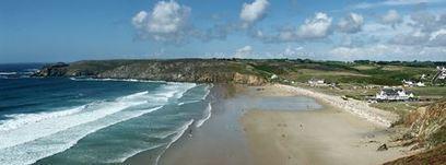 Où faire du surf en Bretagne : le guide des 20 meilleurs spots - Evous | Tourisme en Bretagne Sud | Scoop.it