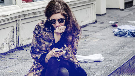 The Surprising Link Between Your iPhone Use And How Assertive You Are | Interesting Reading | Scoop.it