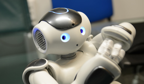 Faut-il que les robots et les IA payent des cotisations sociales ? - Politique - Numerama | 2025, 2030, 2050 | Scoop.it