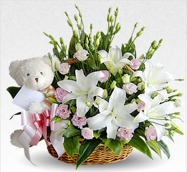 Send Flowers to Delhi - Flowers Delivery in Delhi | Florist in Delhi | Online flowers, gifts, chocolates, and cakes delivery by flowreshop18.in | Scoop.it