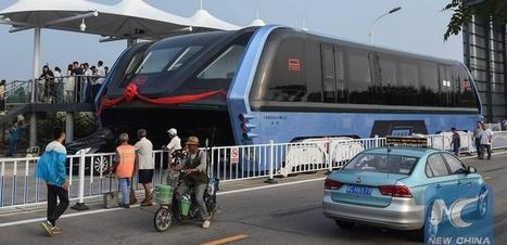 Le bus qui enjambe les embouteillages existe vraiment | Le Web, ses évolutions et les NTIC vues par un avocat. | Scoop.it