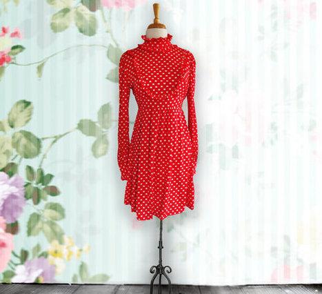 Vintage 1970s short red polkadot dress. 1970s dress, retro dress. Size 13 | DustyDesert vintage | Scoop.it