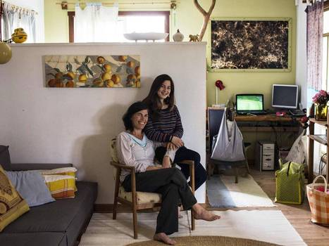 International Women's Day 2014: Mothers and daughters around the world describe hopes and dreams in touching photographs | Humanities | Scoop.it