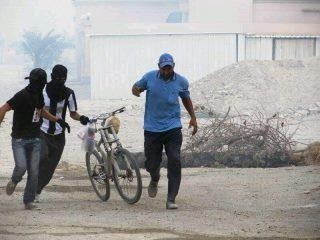 Bahrain Youths save an Asian Laborer from Suffocating in CS gas | Human Rights and the Will to be free | Scoop.it