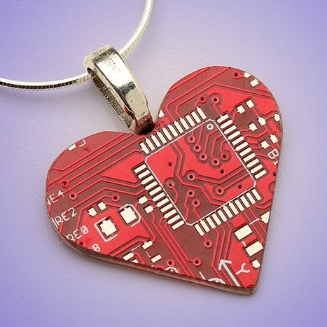 Tech Love Circuit Board Jewelry For Valentines Day | | TechChum Fashion | Scoop.it