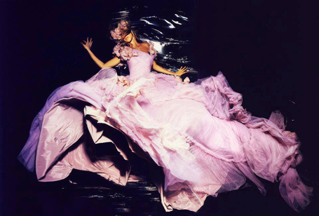 Nick Knight | PHOTO : PⒽⓄⓣⓄ ⅋ + | Scoop.it