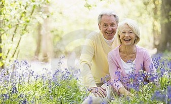 A 10+ years senior dating site - over 50 people   SeniorMatch   Scoop.it
