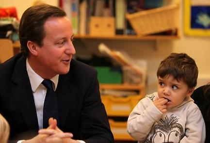 Without childcare support, low-paid workers will lose out under Universal Credit | finance | Scoop.it