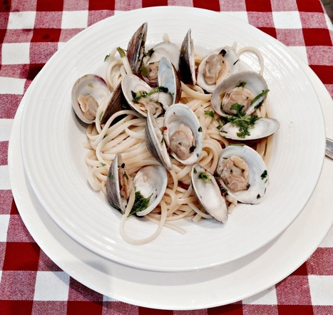 Cherry Pie Twins: Linguini With Clams | Its All About Seafood | Scoop.it