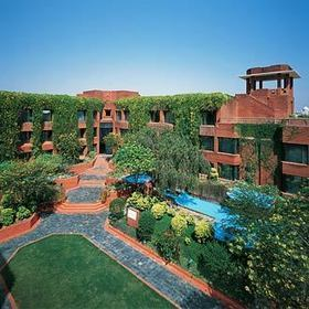 Best place to stay in Agra - ITC Mughal Hotel | Glamour World! | Scoop.it