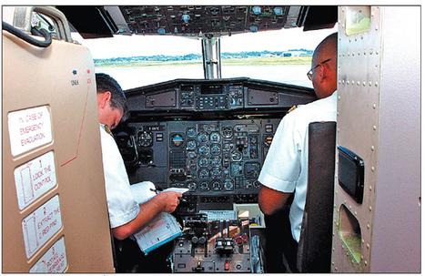 Douze apprentis pilotes intègrent la meilleure école d'Europe - France.Antilles.fr Guadeloupe   Le portail des Fonds européens en France   Scoop.it