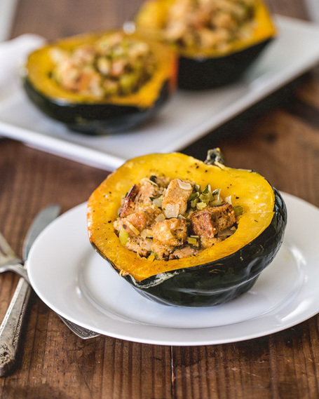 Stuffed Acorn Squash | a Couple Cooks | À Catanada na Cozinha Magazine | Scoop.it