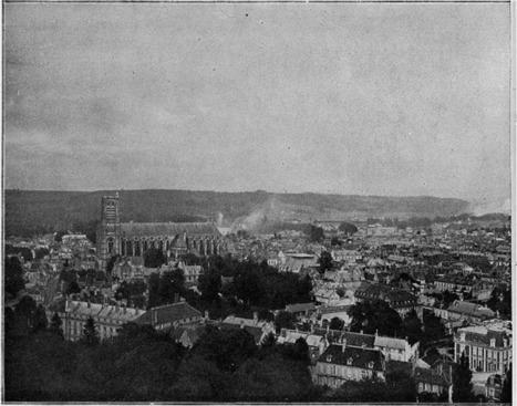 Au milieu des lignes françaises --Dans Soissons bombardé--Sur les ruines de Senlis | Fabienne JOUAN-GILBERTAS | L'écho d'antan | Scoop.it