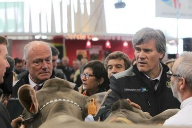 "VIDEO : le ministre de l'agriculture à la foire de Bordeaux | ""Viticulture en gironde"" 