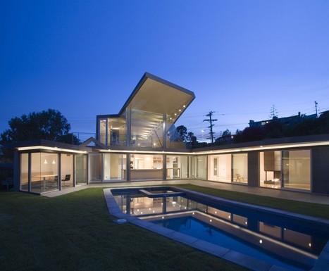 Architecture originale pour cette maison contem for Construction maison type californienne