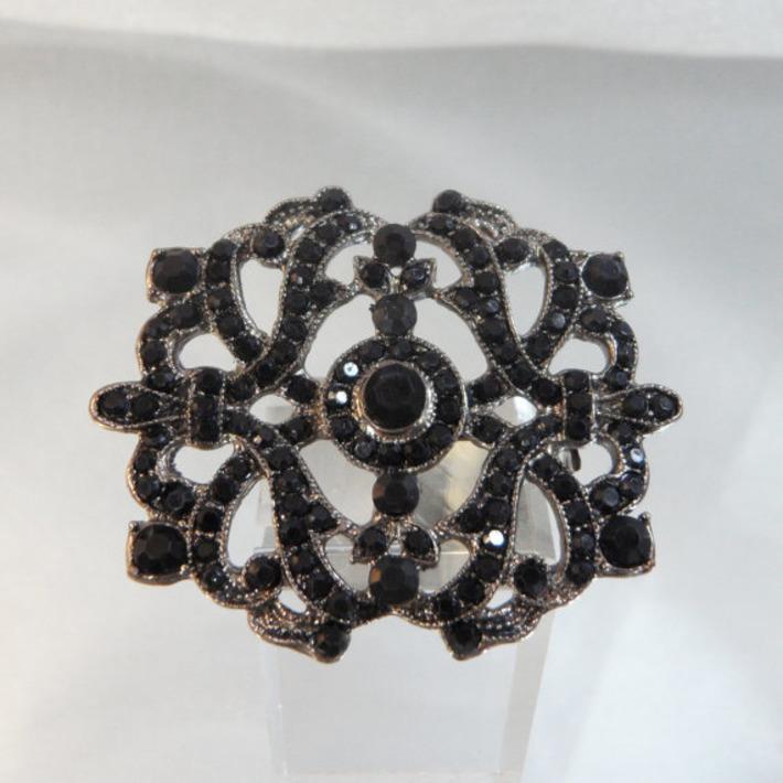 Vintage Victorian Revival Brooch. Black Rhinestone Pin. | Antiques & Vintage Collectibles | Scoop.it
