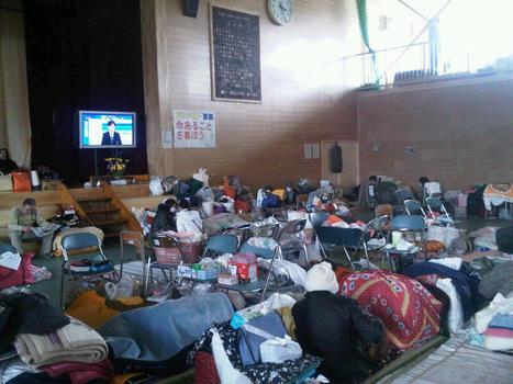 [Photo] Centre d'évacuation à Rikuzen-Takata   Twitpic   Japon : séisme, tsunami & conséquences   Scoop.it