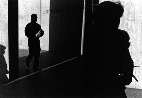A Study of Light, Shadows, and Framing: Street Photos by Ray Metzker | masters of photography | Scoop.it