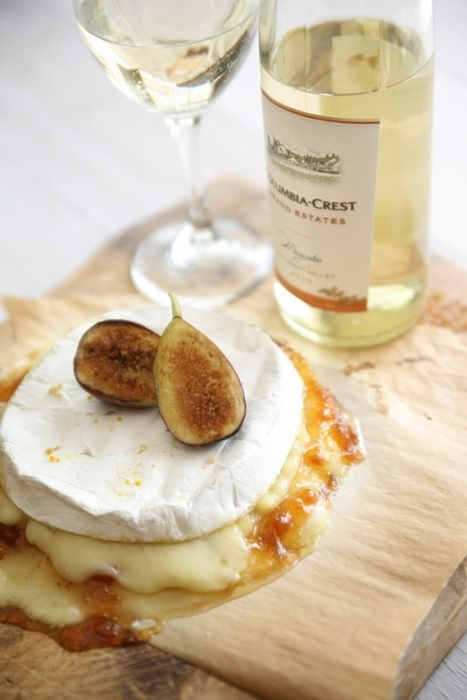 Brie and Figs paired with Moscato | Foodies | Scoop.it