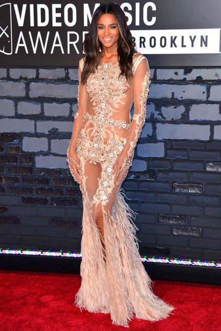 The Best-Dressed Celebrities at the 2013 MTV Video Music Award - susieq | #Communication | Scoop.it
