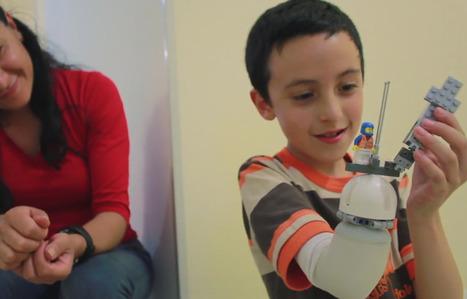 Handicap: Un ingénieur développe une prothèse Lego pour les enfants amputés | Open your mind to Innovate | Scoop.it