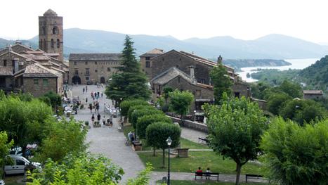 Aínsa, encanto y aventura en el Pirineo de Huesca. - Nomolesten.com | Christian Portello | Scoop.it