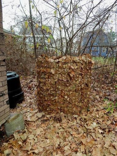 Between the Rows: Biomass for compost - The Recorder | guerrilla composting | Scoop.it
