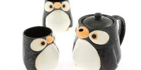 Penguin Teapots and Teacups | Cats & Teapots | Scoop.it