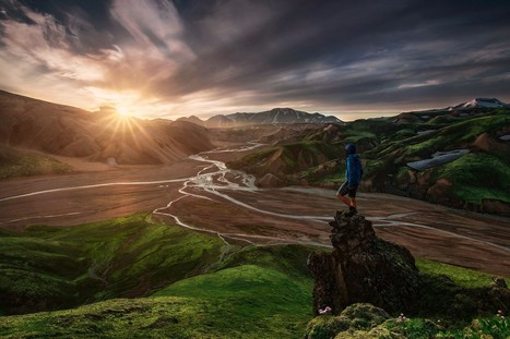 45 Scenic Self-Portraits That Will Take You Places | Machinimania | Scoop.it