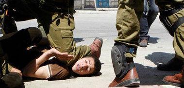 Israeli Soldiers kidnap Child In Al Khalil | Occupied Palestine | Scoop.it