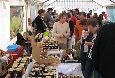 La fête bio pour découvrir une ferme et une monnaie locale , Mûrs-Erigné 30/05/2012 - ouest-france.fr | Echange local - Monnaie locale | Scoop.it
